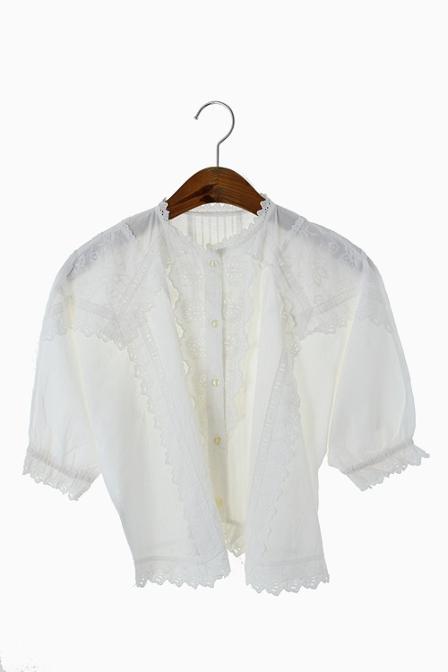 LACE/EMBROIDERY COTTON BLOUSE 리가먼트
