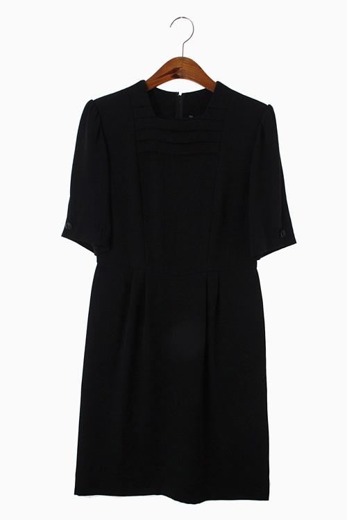 POLY BLACK DRESS 리가먼트