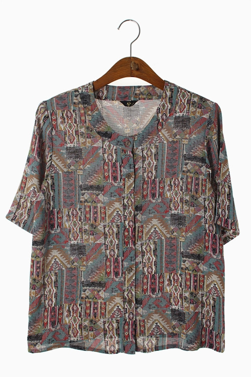 ETHNIC PATTERN POLY BLOUSE 리가먼트