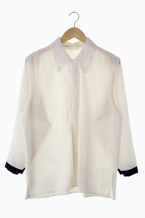 EMBROIDERY POLY BLOUSE 리가먼트